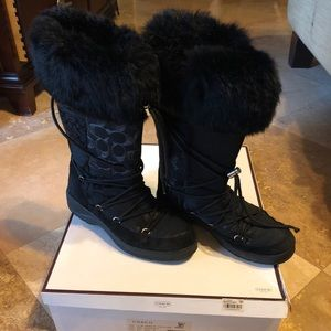 Coach | Mariette all black fur trim boots | 8